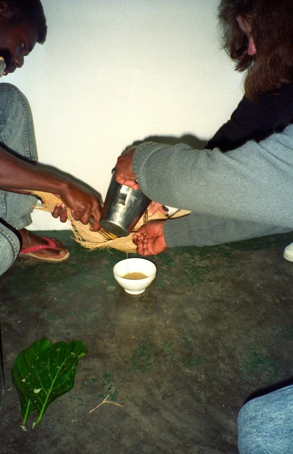 Preparing the kava drink