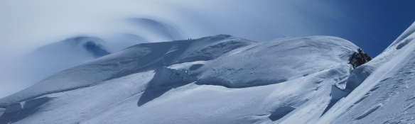 Deteriorating weather on the summit ridge of Mont Blanc